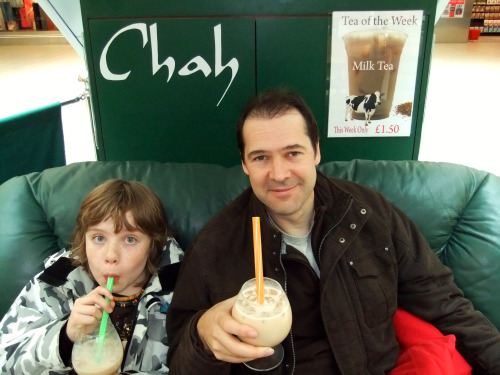 Martin and Ruaridh at Chah with Bubble Tea