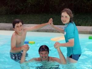 pool acrobatics in Montauban